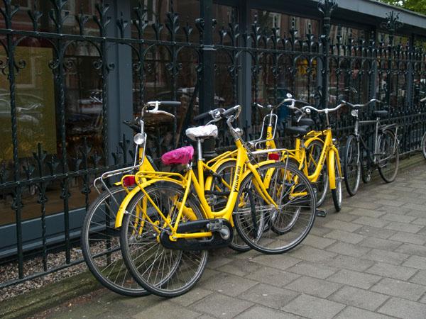 Городские велосипеды в Амстердаме