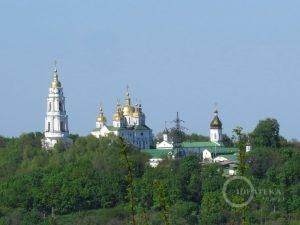 Крестовоздвиженский монастырь в Полтаве