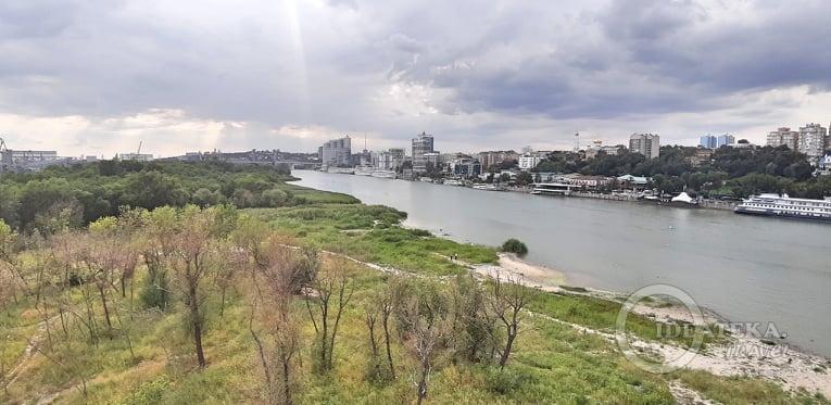 Левый берег в Ростове-на-Дону