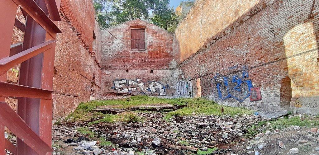 Бывшая купальня на Парамоновских складах